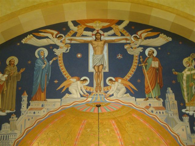 Central mural in the triumphal arch above the apse of St. Paul the Apostle Catholic Church in Westerville, OH by EverGreene Architectural Arts. (photo by Meleca Architecture)