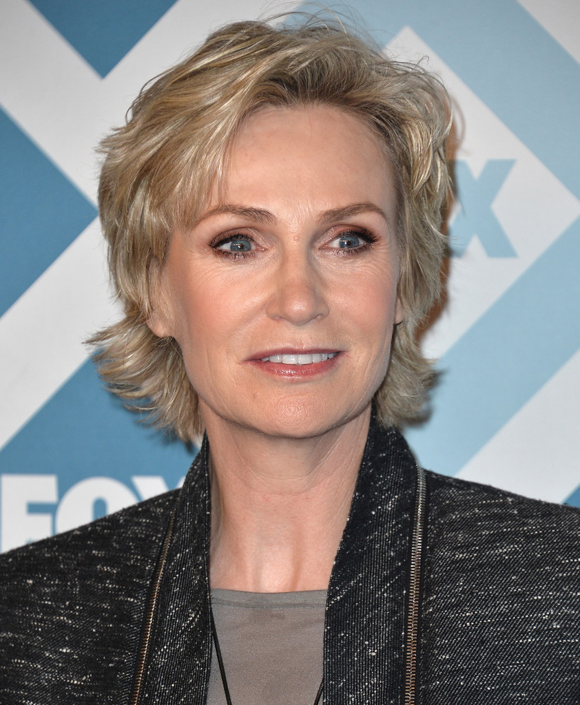 Jane+Lynch+Arrivals+Fox+Star+Party+EZ6pTRw75Irx.jpg