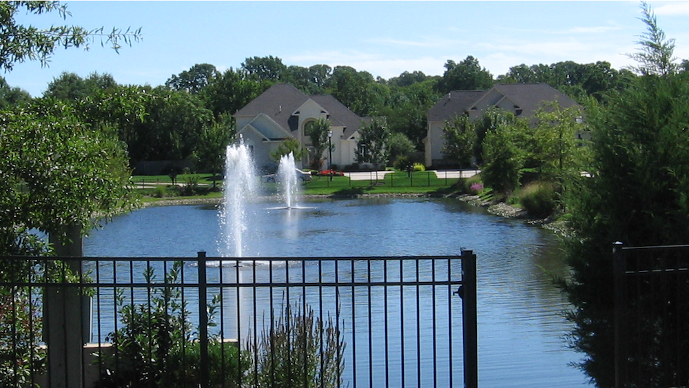 Fountains_Pond_CherryHill_NJ.png