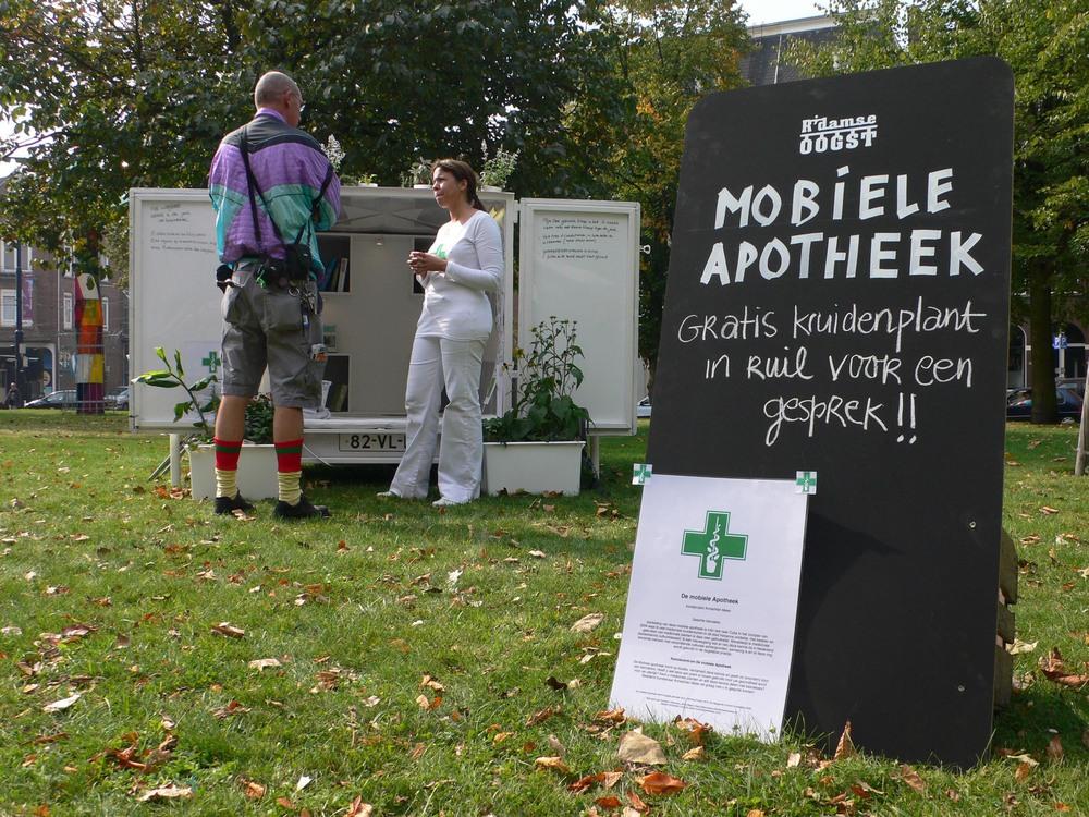 1-4De mobiele Apotheek Annechien Meier 2009.jpg