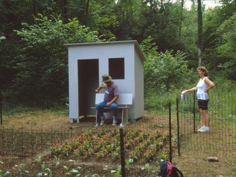 Ik gaf de volkstuin aan het buurtschap Domcevrin, Lahaymeix en Fresnes-au-mont. Een aantal mensen beloofden mij voor de tuin te zorgen.