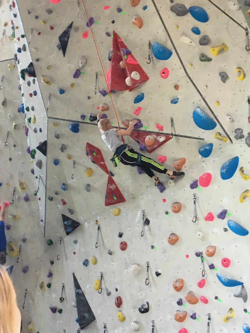Tekmovanje v športnem plezanju za osnovne šole_Grif_15.jpg