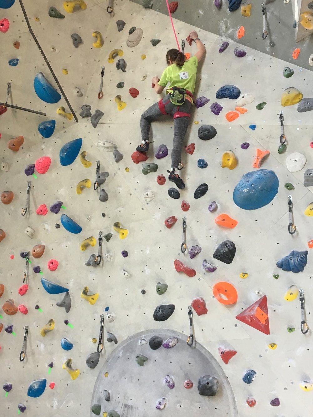 Tekmovanje v športnem plezanju za osnovne šole_Grif_21.jpg