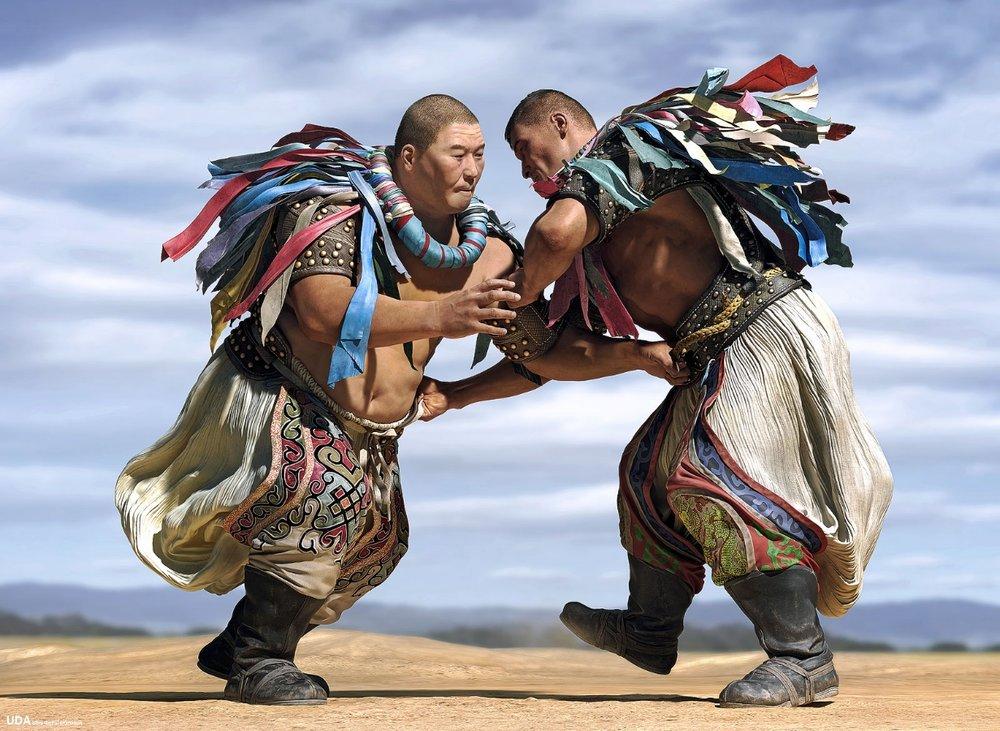 mongolian wrestling4.jpg
