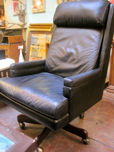 Hancock and Moore Leather Executive Office Chair