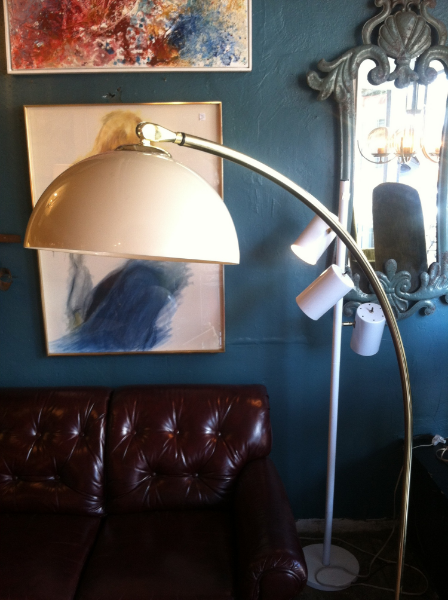 brass finish arc lamp