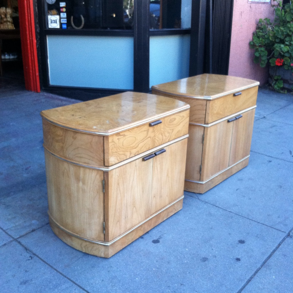 Pair of 1980s Deco NIght Stands by American of Martinsville