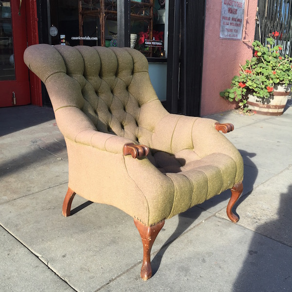 1930s Fully Buttoned Tweed Arm Chair