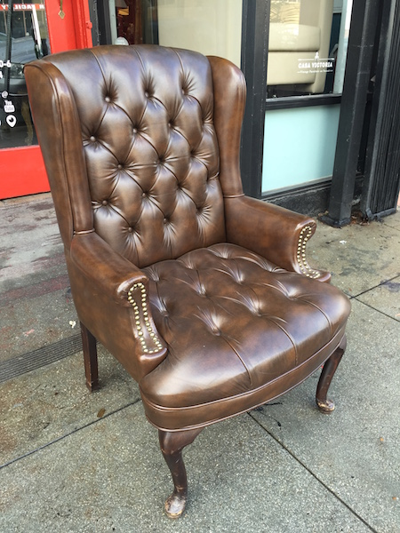 Merveilleux Brown Buttoned Naugahyde Wing Chair