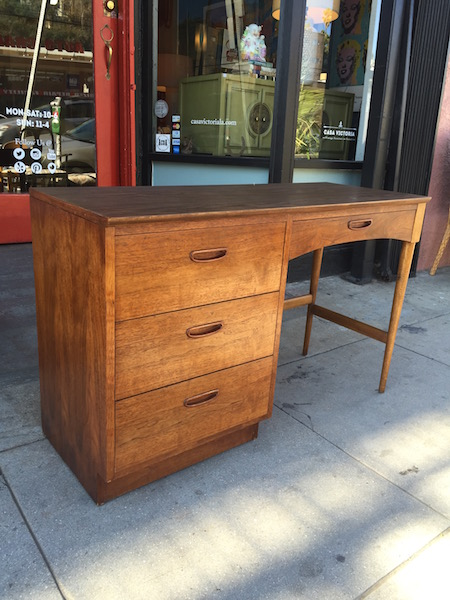 Wipe Out | 1960s Desk By Bassett Furniture U2014 Casa Victoria Vintage Furniture  Los Angeles