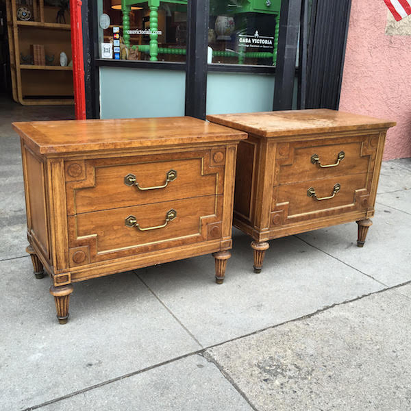 Pair of Thomasville Nightstands