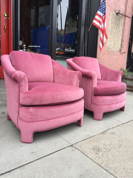 1980s Furniture sweet desire | pair of pink 1980s full upholstered club chairs