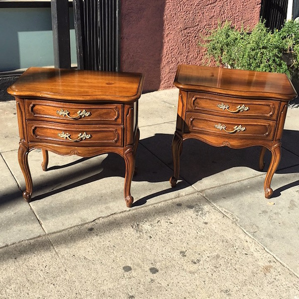 Pair of French-style Thomasville Nightstands