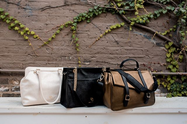 Groceries for the week? Maybe. A new handbag? Definitely.  Celebrate #NationalHandbagDay accordingly, with 20% off handbags with the code LBC20. Bags start at $108, with the discount, plus free shipping!  Happy shopping with the link in bio!