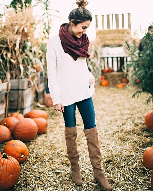 Head over heels for over the knee! One of our favorite fall staples is OTK boots. From the weekday #happyhour to weekend festivities, no fall wardrobe is complete without them. 😎👢#styleoftheday