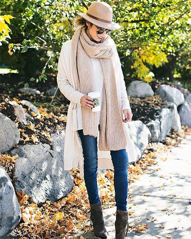 Top it off. 🎩What's your favorite fall hat style to sport? #fallfashion (via @pinterest)