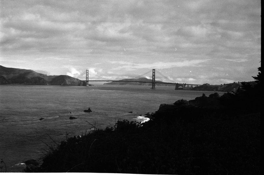 The+Bridge+in+Monochrome.jpg