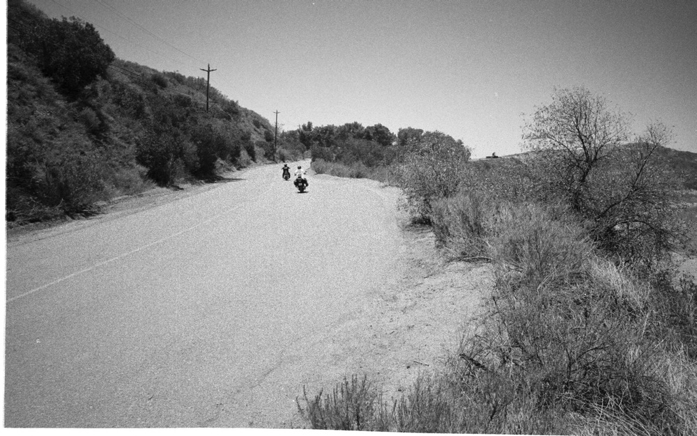 Lone Riders_1.jpg