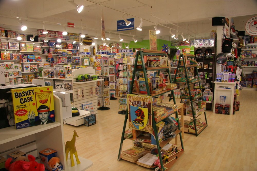 Showroom Jan. Gift Mart (14).JPG