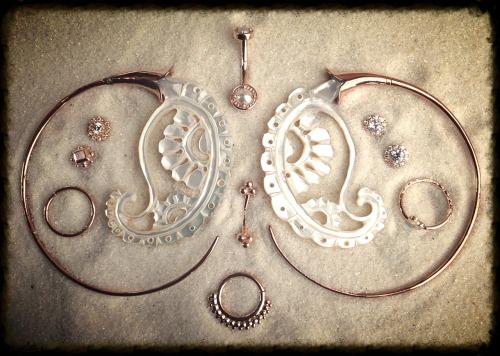 burlyfish_rosegoldjewelry.jpg
