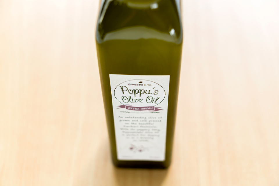 Poppas Oil