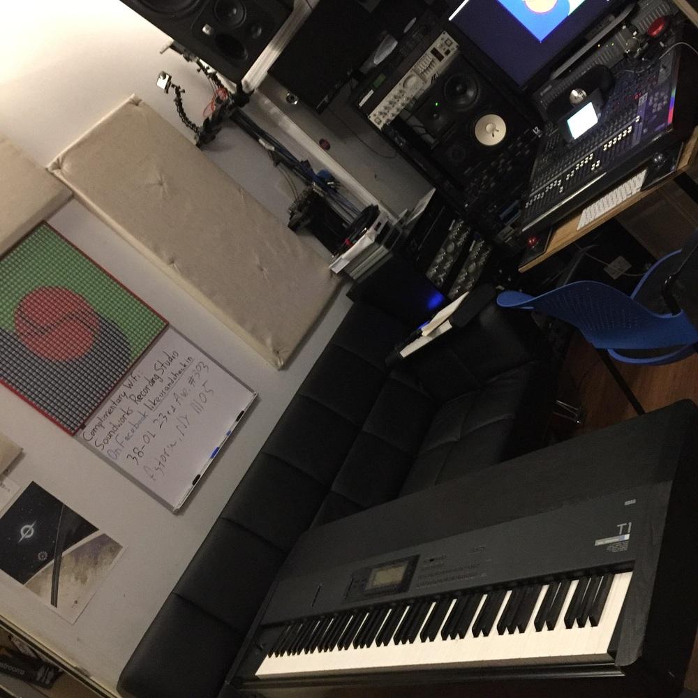 Korg T1 as MIDI controller