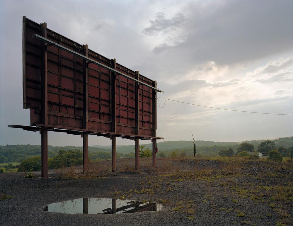Peter Croteau , Billboard, 2008 (photograph)