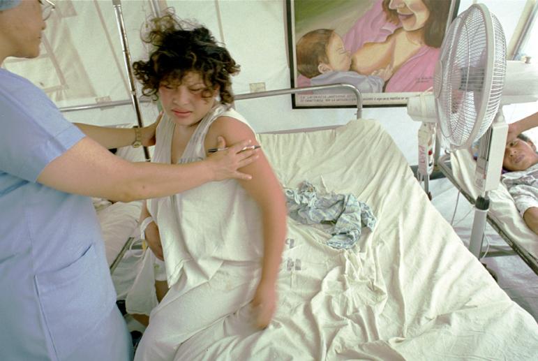 Amalia Mayita Mendez  ,  Birth, El Salvador  (photograph)