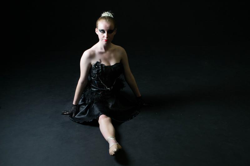 Black swan 4.jpg