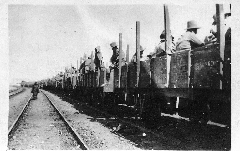 On way Serapeum 12 Feb 1916