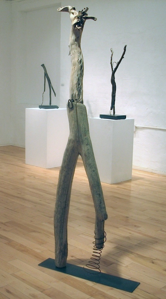 Spring in Her Step, 2013 Lake Ontario driftwood, steel,  184 x 45 x 30 cm