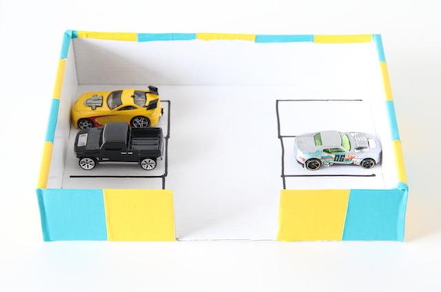 Toy garage DIY