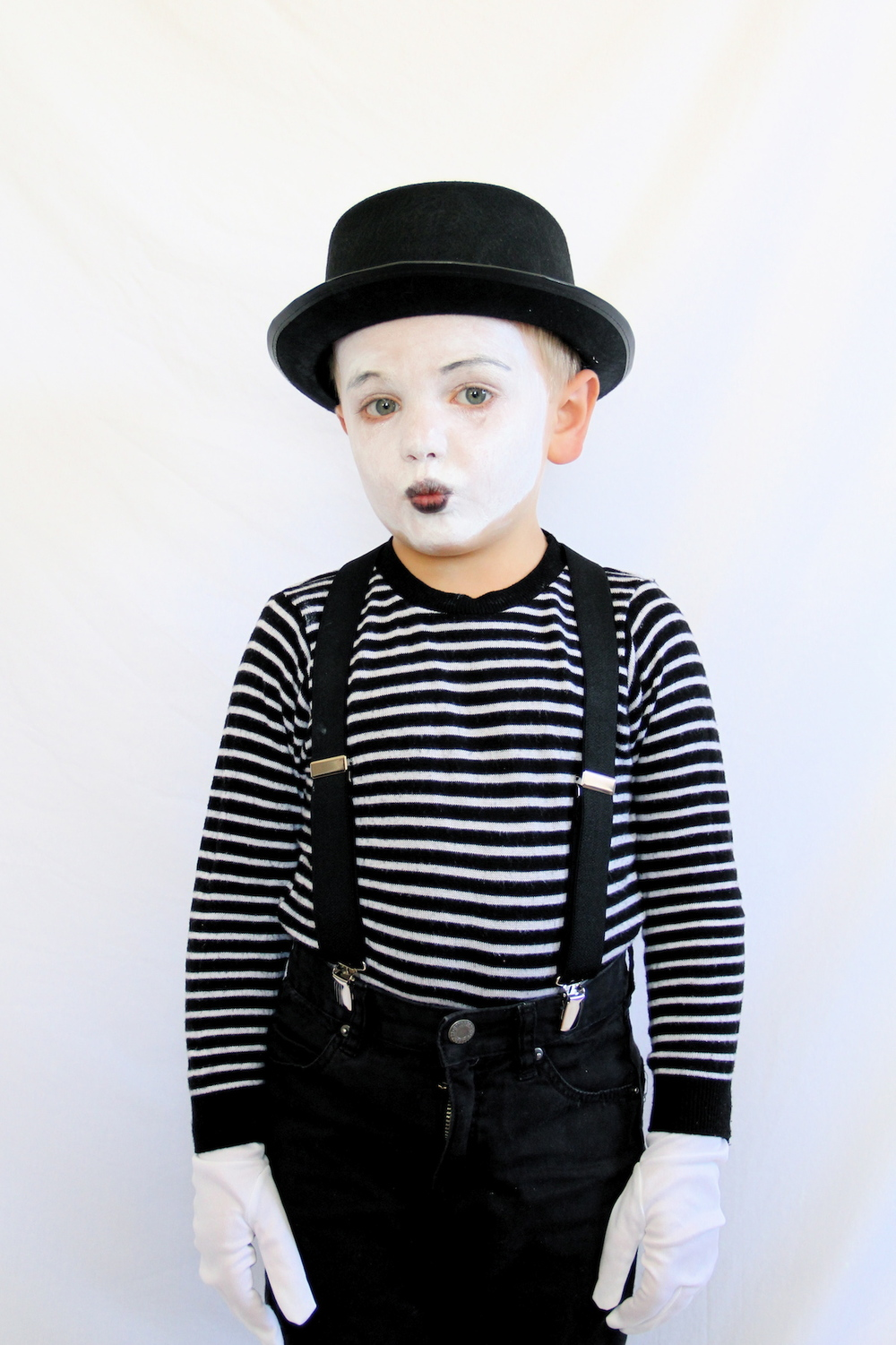 Mime costume | And We Play