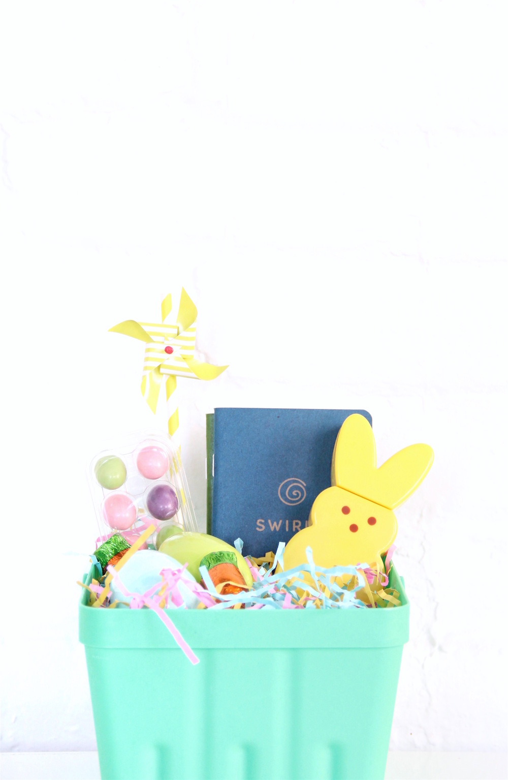 Simple Easter basket ideas - click through for more