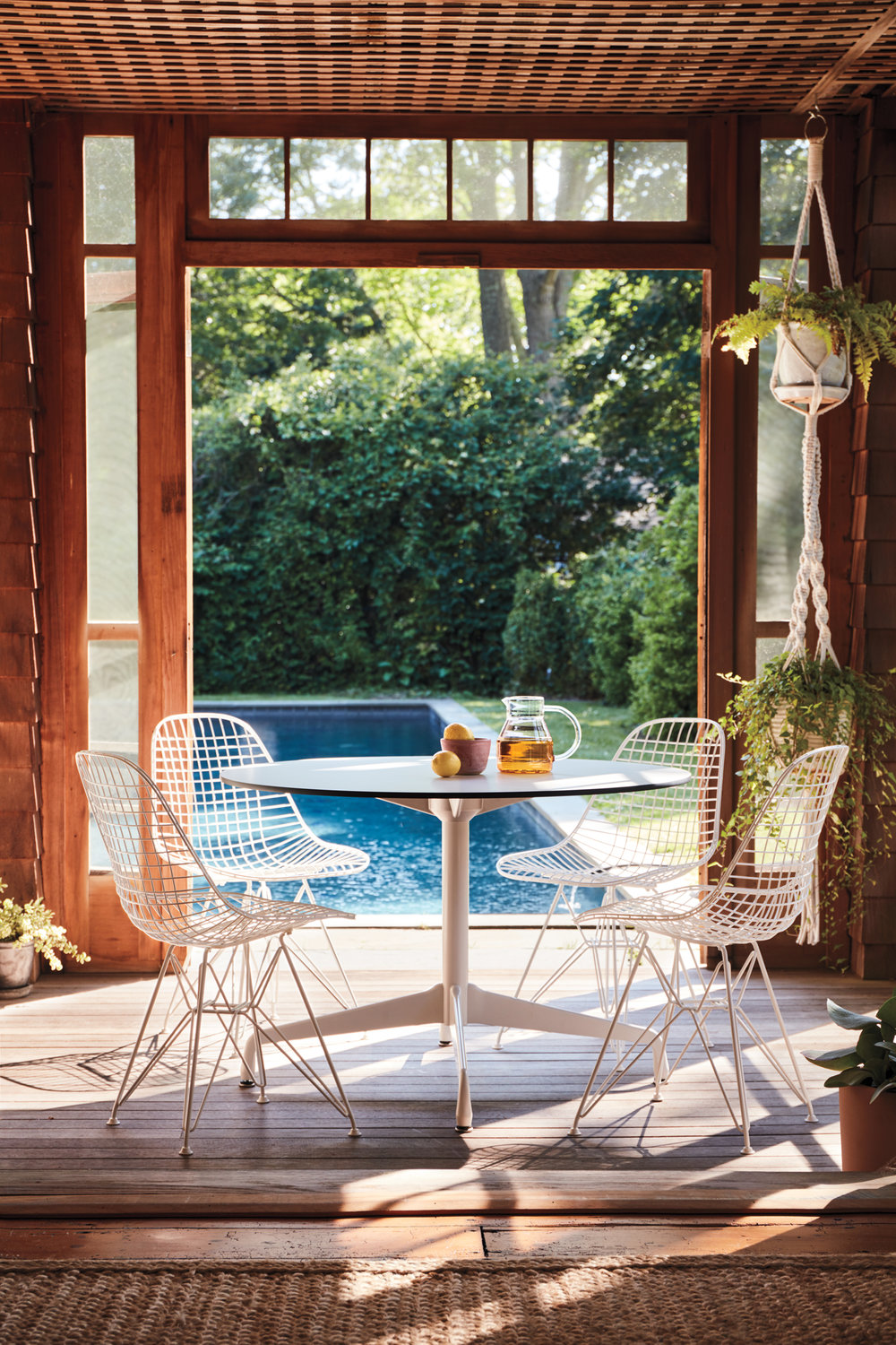 HM_Bellport_09_Outdoor_Eames_023_Hero.jpg