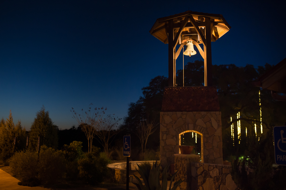 Dripping-Springs-Camp-Lucy-Sacred-Oaks-Wedding-Photos-020.jpg
