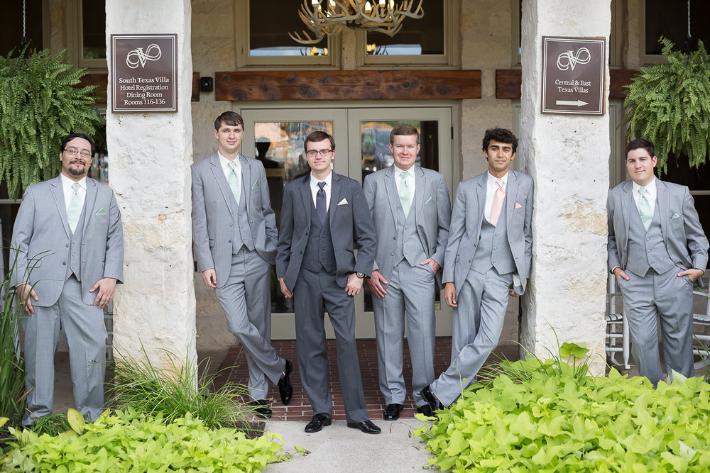 austin-texas-wedding-photo-and-video-vintage-villas-008.jpg