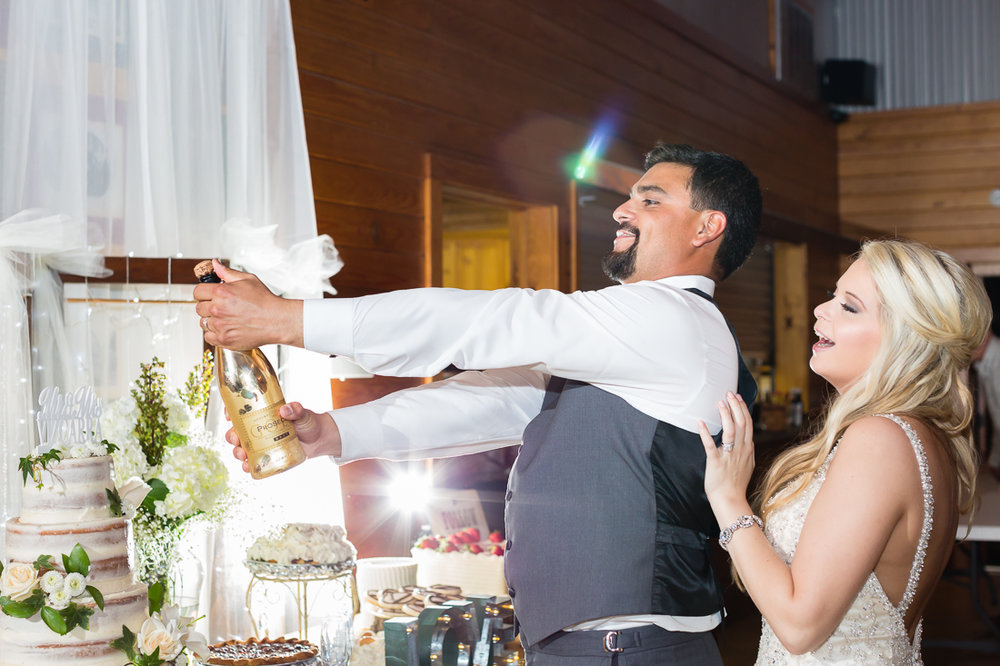 Zedler-mill-wedding-photography-video-016.jpg