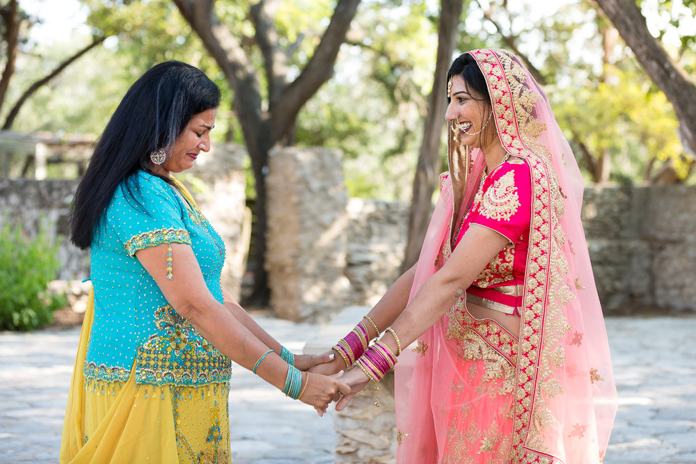 Hindu-wedding-mayfield-park-austin-south-asian-001.jpg