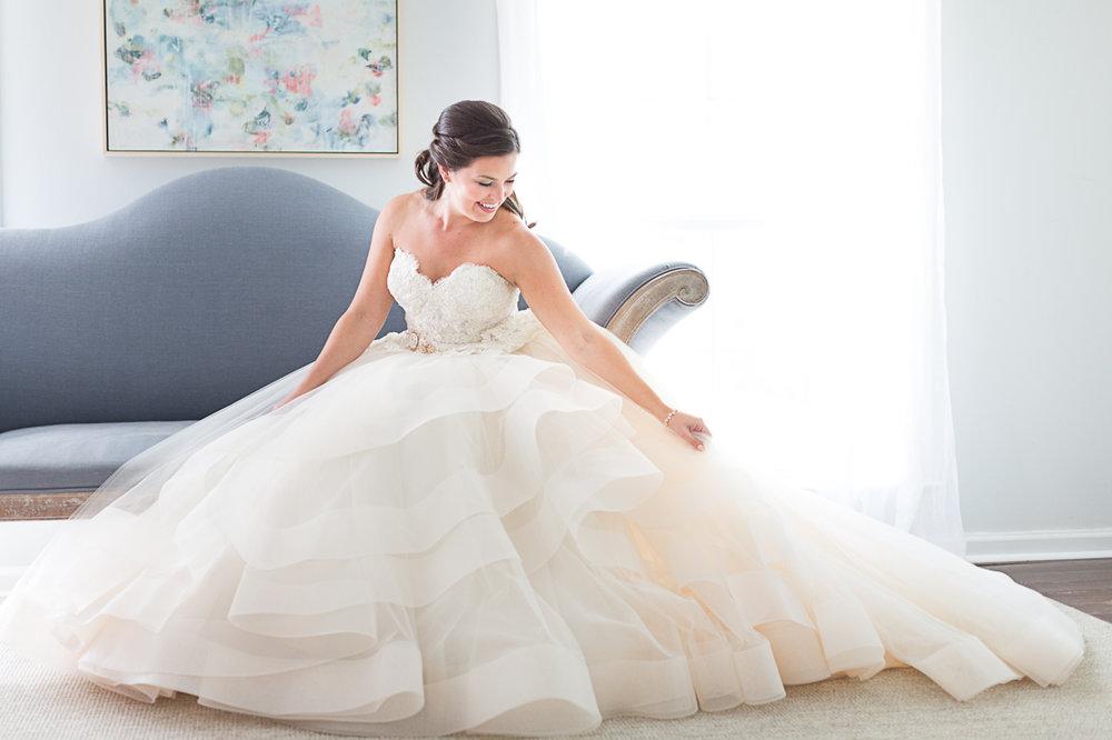 hill-country-wedding-photographer-addison-grove-005.jpg