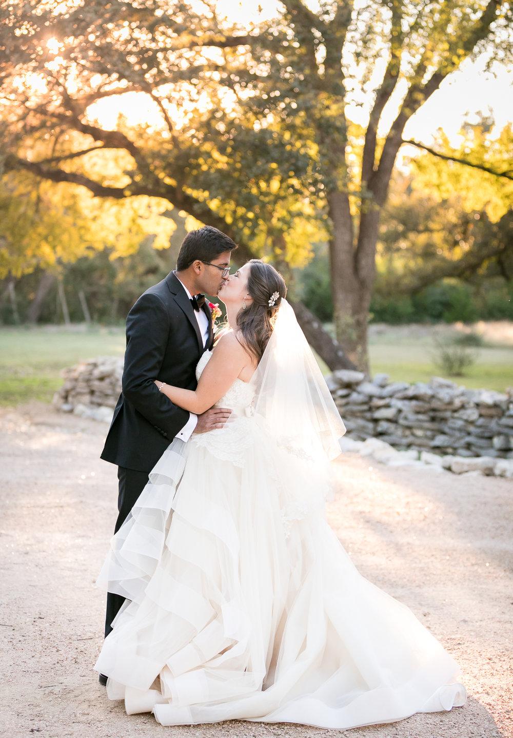 hill-country-wedding-photographer-003.jpg