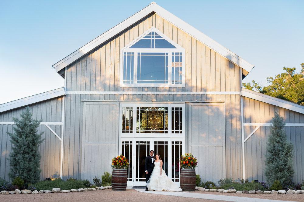 hill-country-weddingX-010.jpg