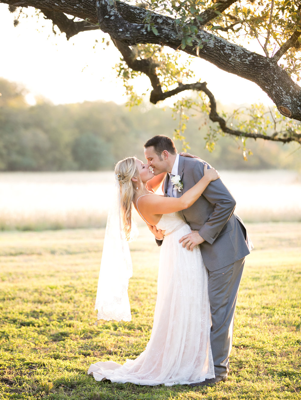 Wedding-photographer-austin-texas-016.jpg