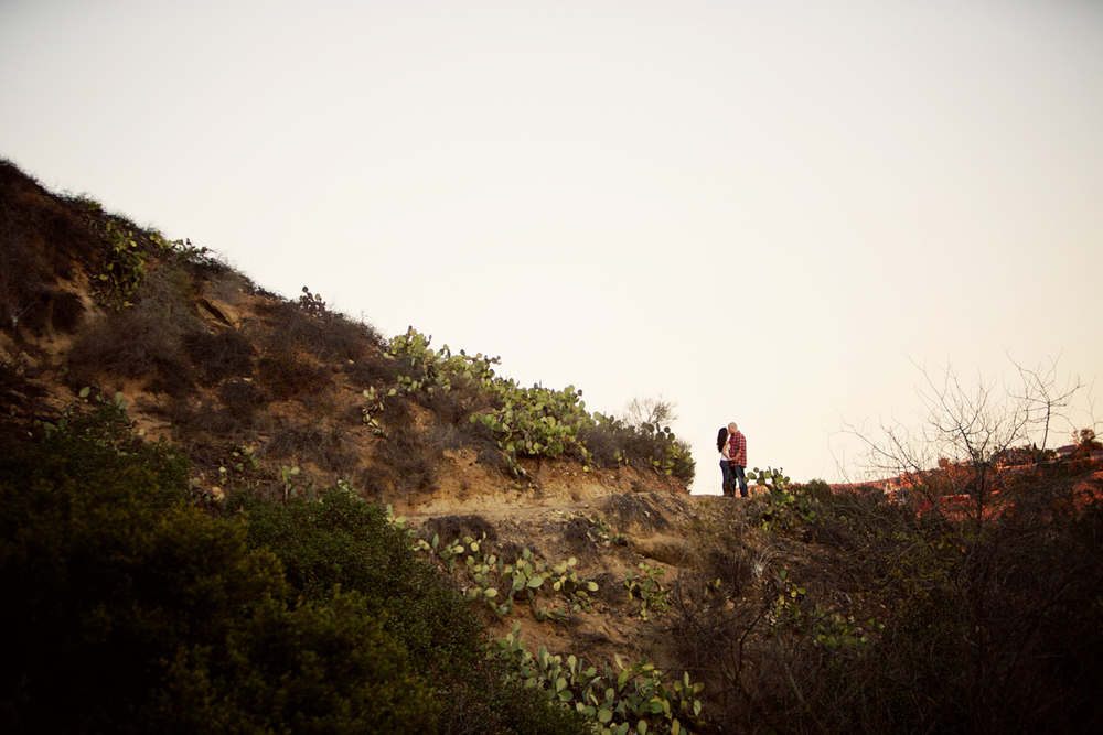 oak-canyon-trails-engagement-photography-lokitm-008.jpg