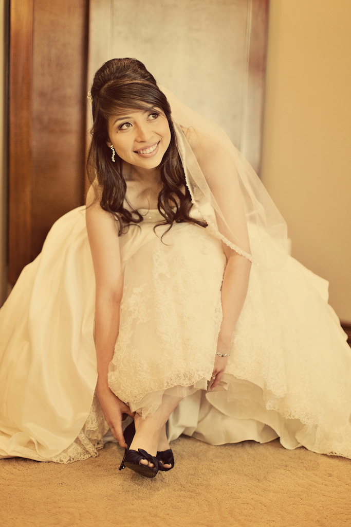 JessicaCharlieWeddingCover 17.jpg