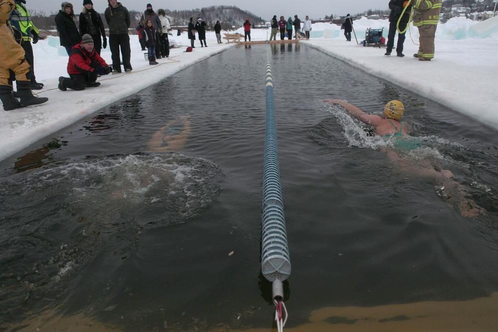 2015_02_21_IceSwimming_007.jpg