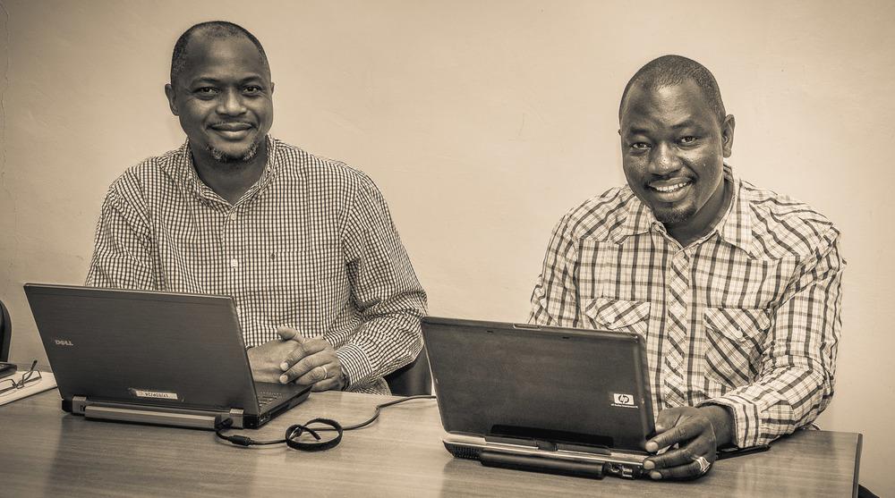 Mr. Warren Fisher und Mr. Maiga Ibrahim sind Mitarbeiter der UN-OCHA