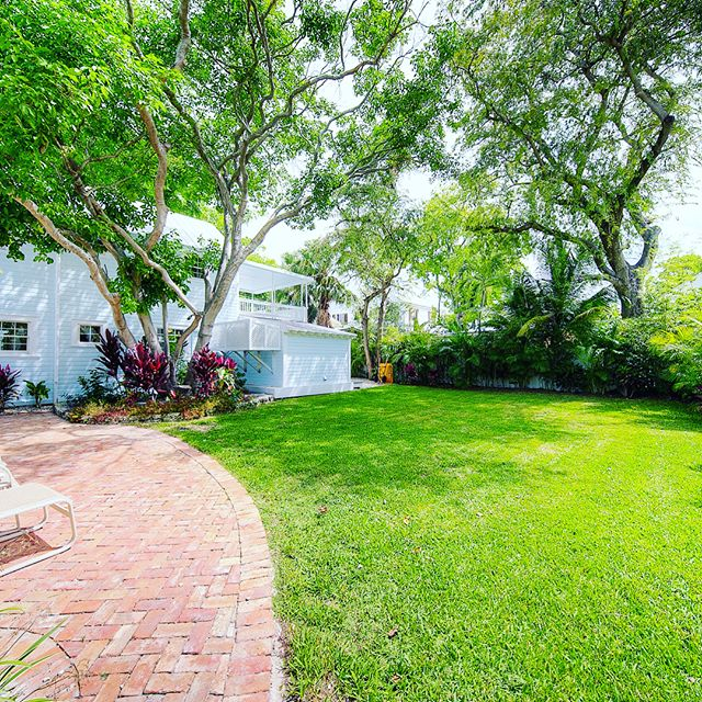 #FEATUREDPROPERTY  905 Emma Street, Key West | $1,250,000  Listed Exclusively By: Terri Spottswood & Team Spottswood/Vazquez  Wonderful totally renovated Old Town property that has a single family two story home with 3 or 4 bedrooms/ 3 full baths and a separate cottage with a large studio, kitchen and bath. Property is a legal duplex but is perfect used as a single family home and a guest house. Features include a brand new kitchen w/ stainless steel appliances, all new bathrooms, separate laundry room, large 2nd floor deck, a huge awesome grassy yard, gated bricked driveway and room for two or 3 cars. A full renovation was completed in late 2016 w/ all new electric, plumbing, new French doors & new front porch. Plenty of room to expand or add a pool.  For the best professional results in Key West & the Florida Keys, whether its buying or selling, make sure to contact Terri Spottswood & Team Spottswood/Vazquez!  tel: 305.587.3407 email: tsv@trumanandcompany.com  www.terrispottswood.com www.keywesthometeam.com - - - -  #teamspottswoodvazquez #terrispottswood #trumanandcompany #newlisting #homesforsale #bahamavillage #oldtown #picoftheday #pictureperfect #igdaily #islandlife #hgtv #keywest #floridakeys #mdlkw