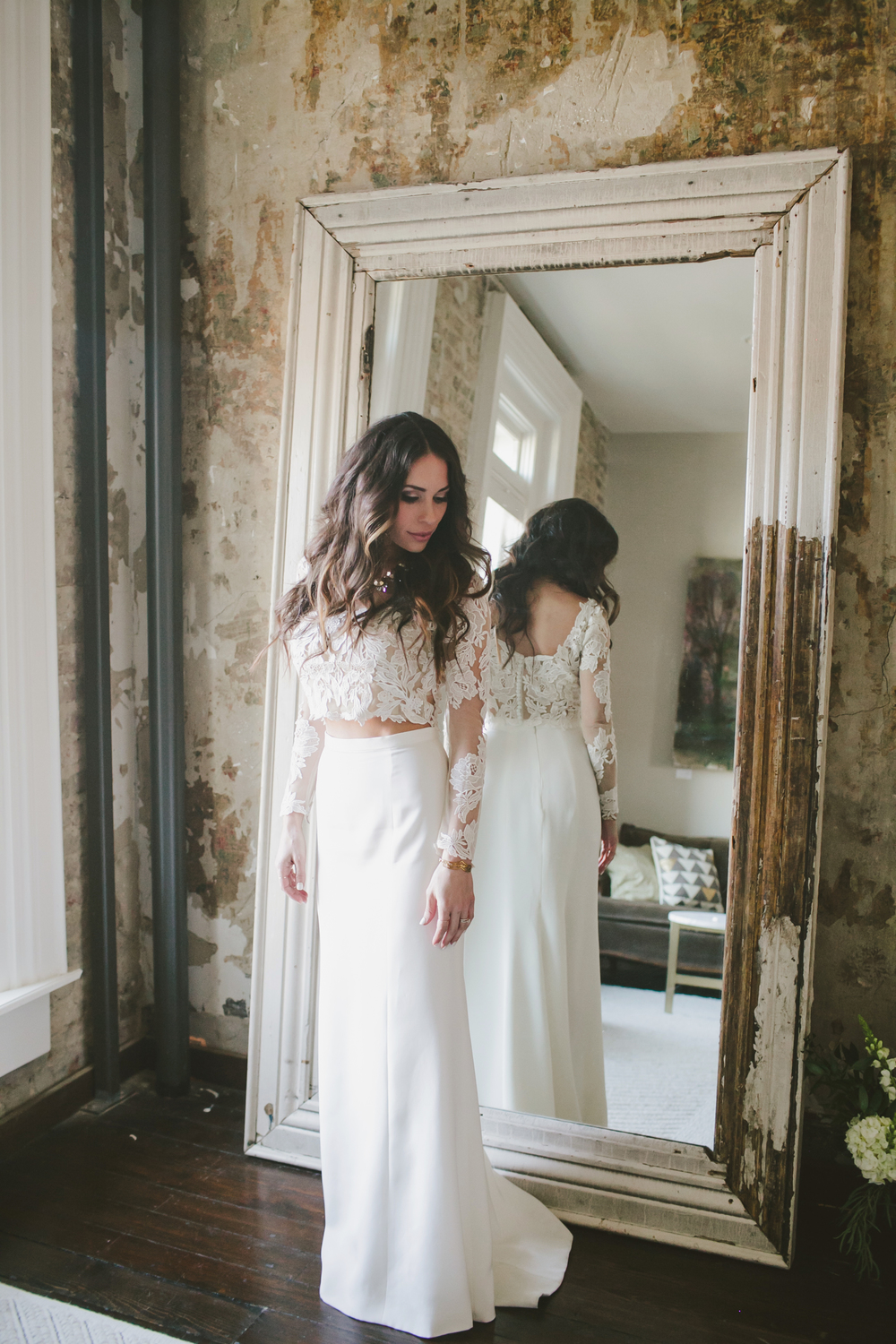 Jenna_Kneale_Weddingl_Wedding_Dress_Mirror