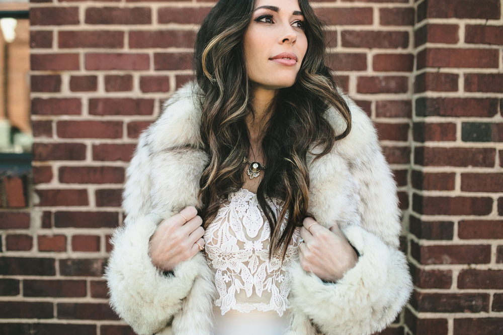 Jenna_Kneale_Wedding_Fur